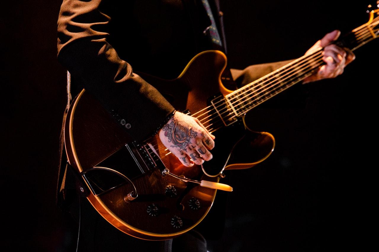 Stränginstrument/stråkinstrument